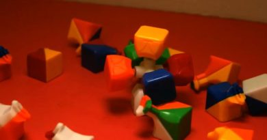Exploding Rubik's Cube - A creeper blew up my Rubik's Cube